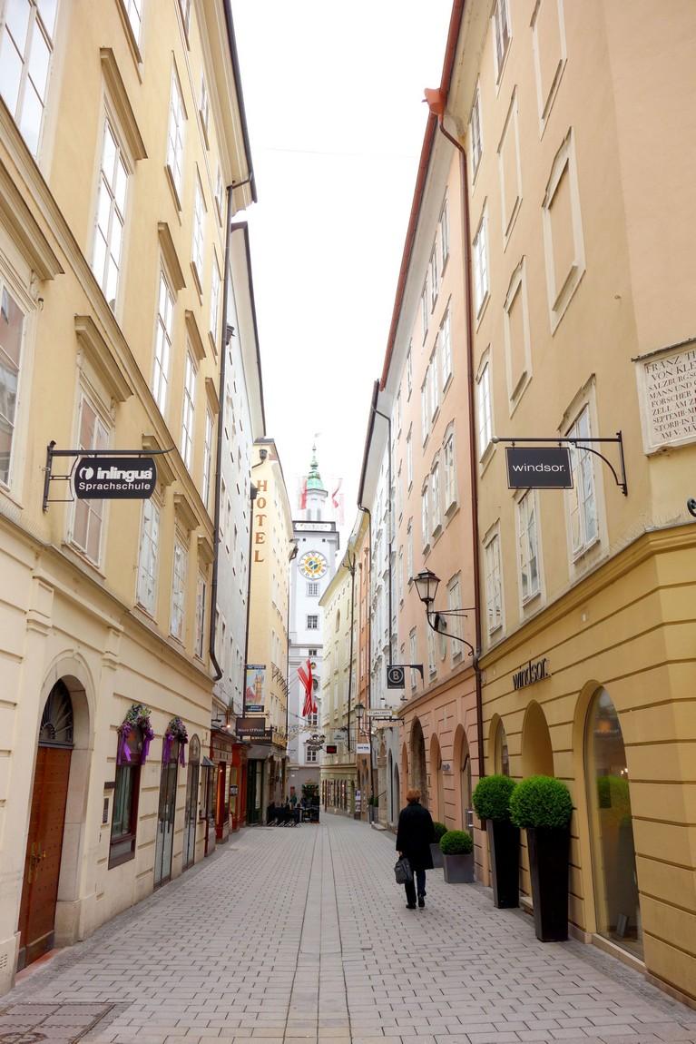 Узкая улочка в Зальцбурге