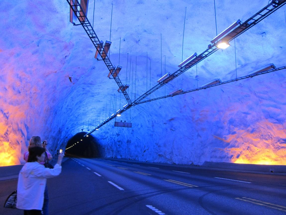 Лердальский тоннель. Норвегия