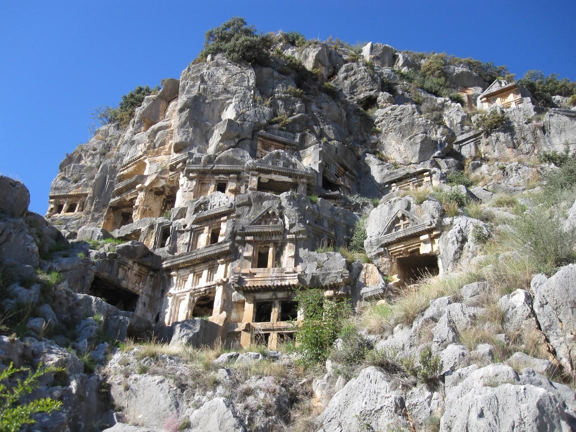 Наскальное кладбище, Турция