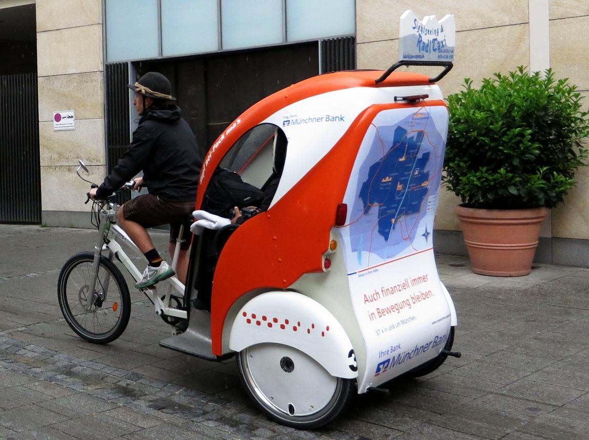 Велотакси в Мюнхене Германии