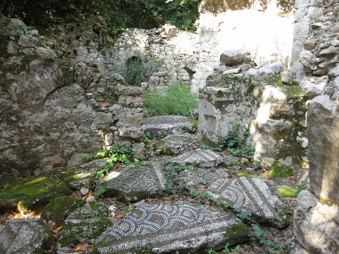 Руины античного города Олимпос. Турция