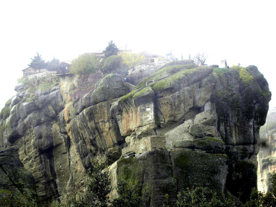 Монастыри в горах Метеоры в Греции