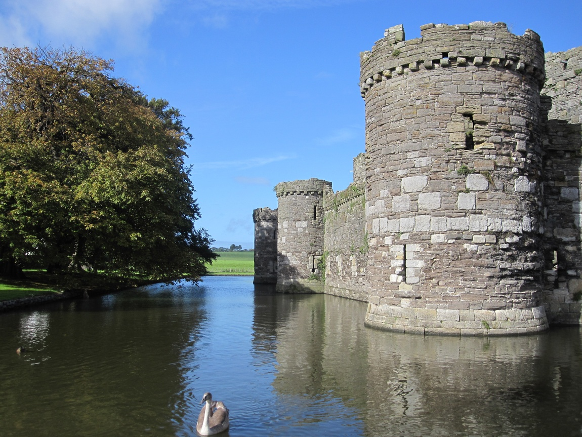 Замок Бомарис (Beaumaris Castle). Уэльс
