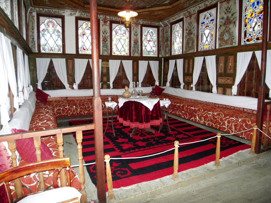 Краеведческий дом-музей с обстановкой 17 века. - Греция