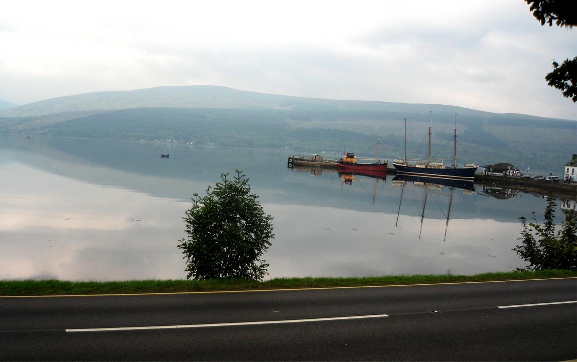 Озеро Лох-Файн (Великобритания).