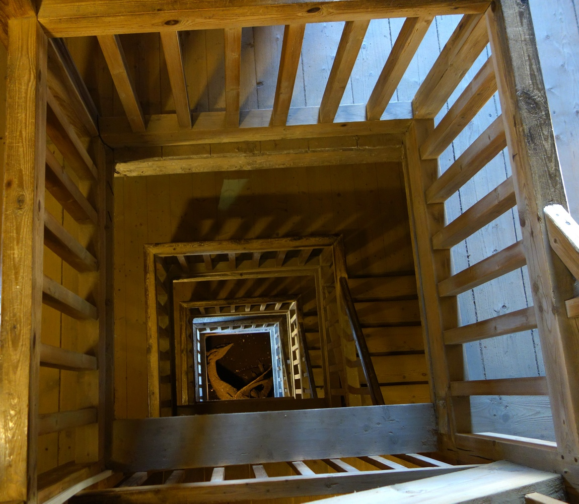 Замок Локет - Чехия, мифический дракон