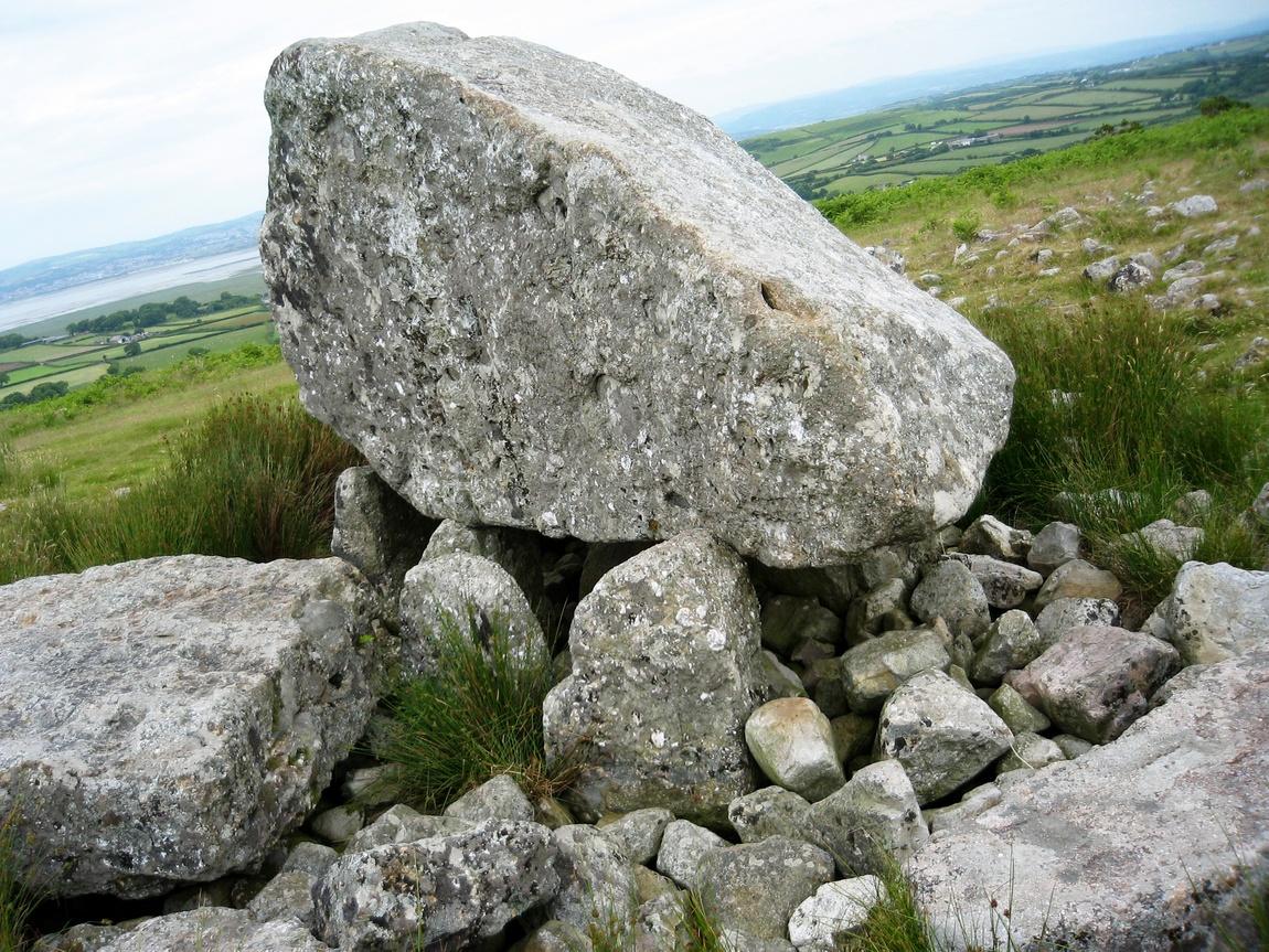 Камень Maen Ceti (Камень Артура)