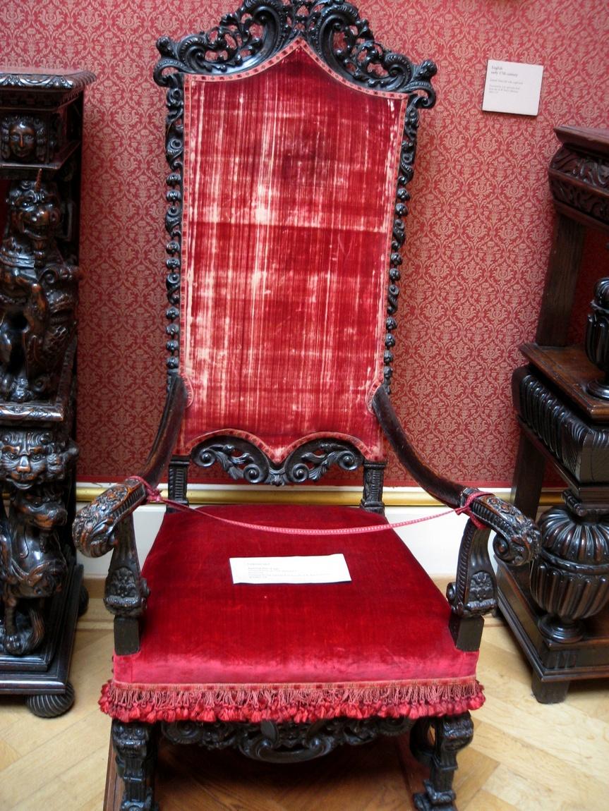 Кресло в музее Великобритании