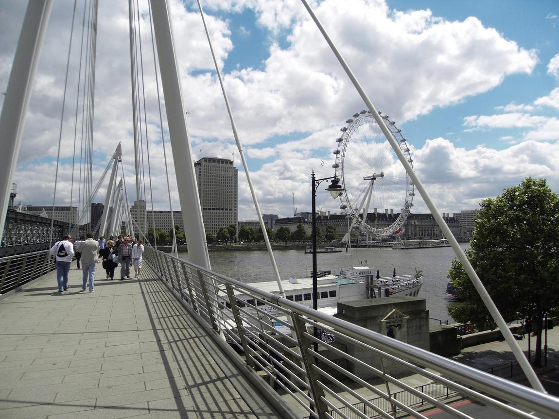 Мост Хангефорд в Лондоне