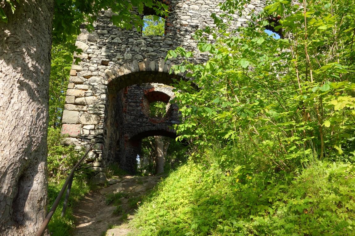 Руины замка на Ангельской горе, Чехия