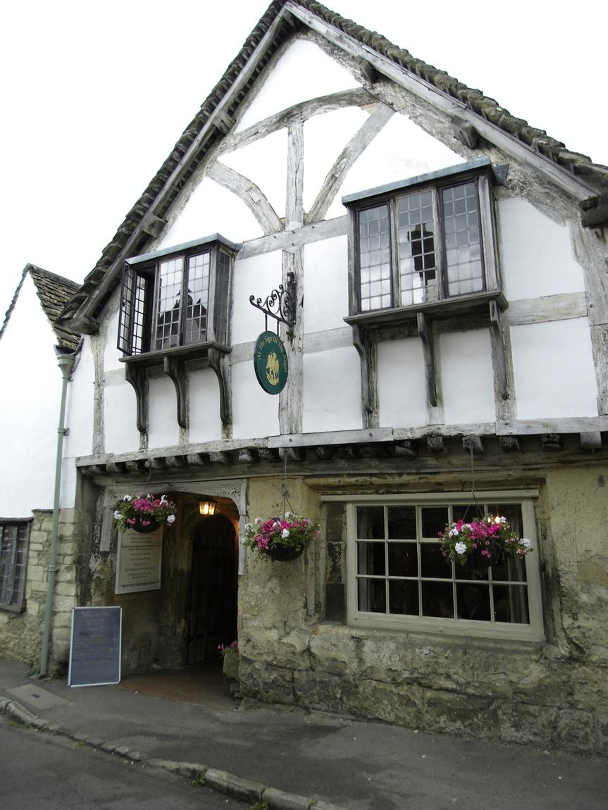 Деревня Лекок в Англии