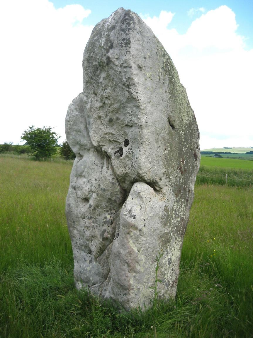 Камень в Эйвбери