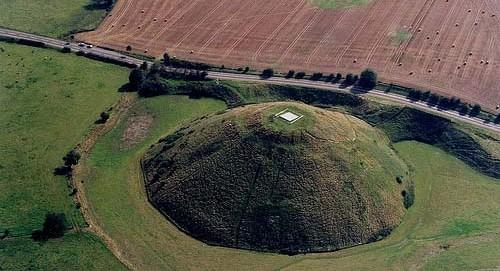 Силбери-Хилл — самый большой могильный курган в Европе
