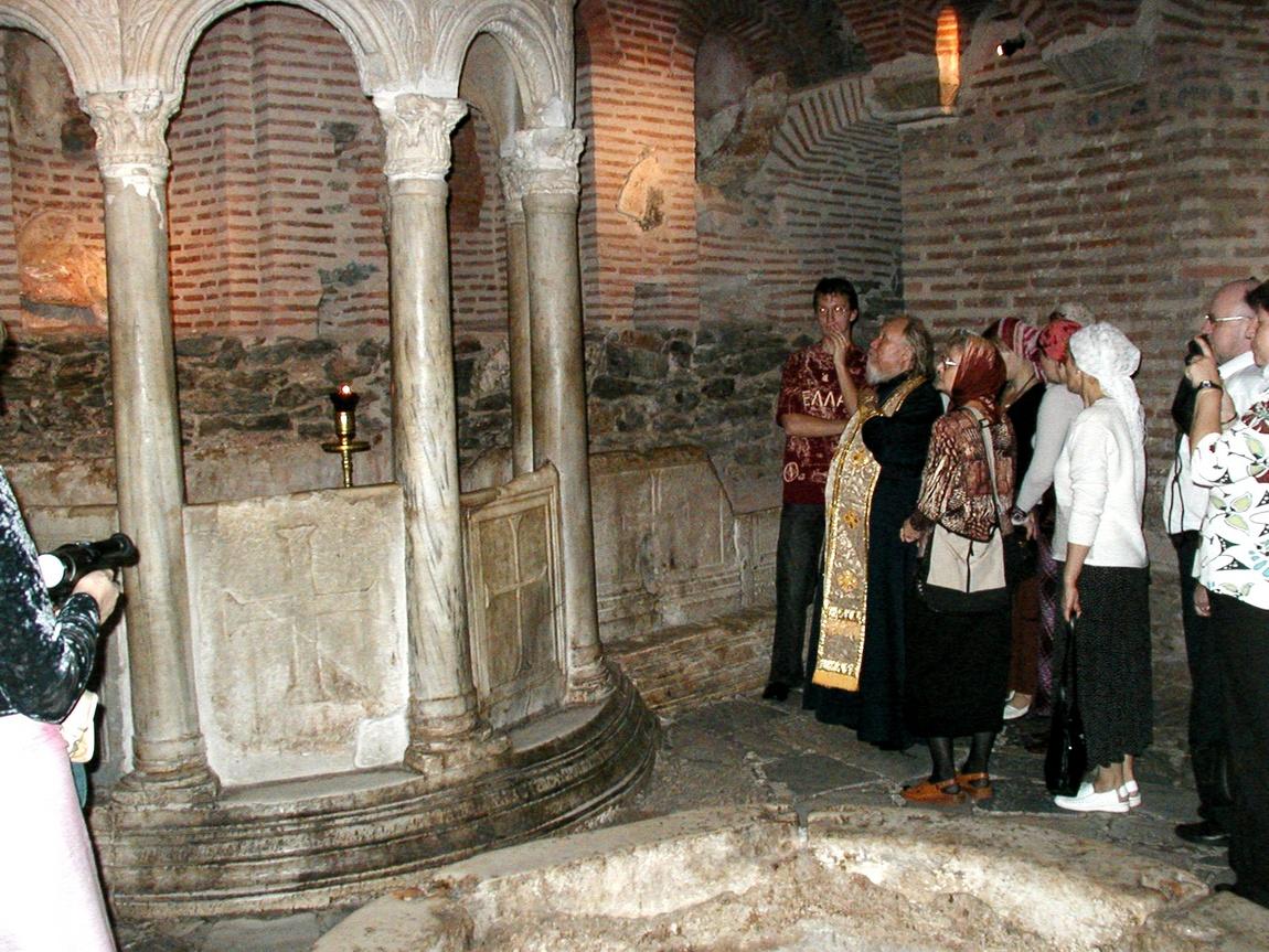 Собор Дмитрия Солунского -римские бани