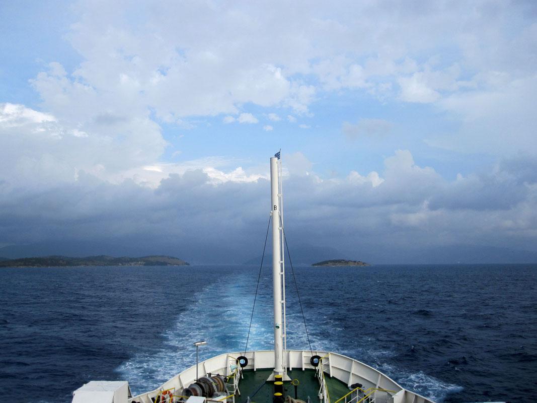 На пароме по Ионическому морю от Греции до Италии.