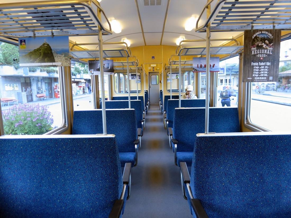 Электропоезд в Швейцарии
