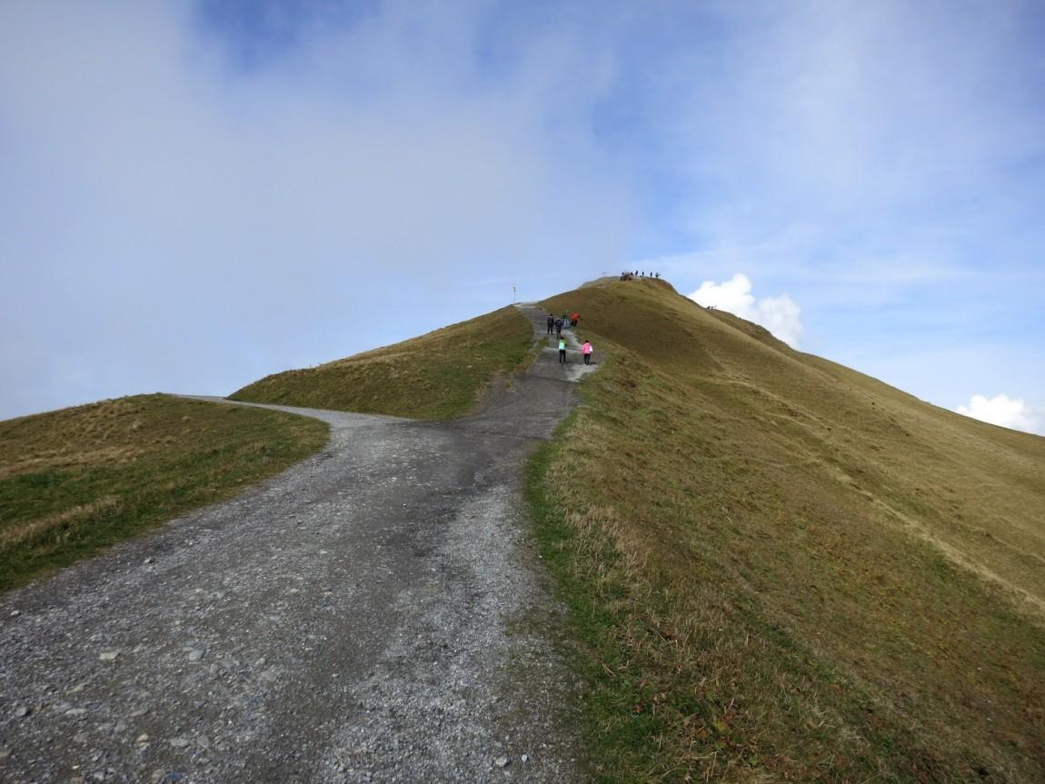 Гора Männlichen – это оконечная вершина (2345 м)
