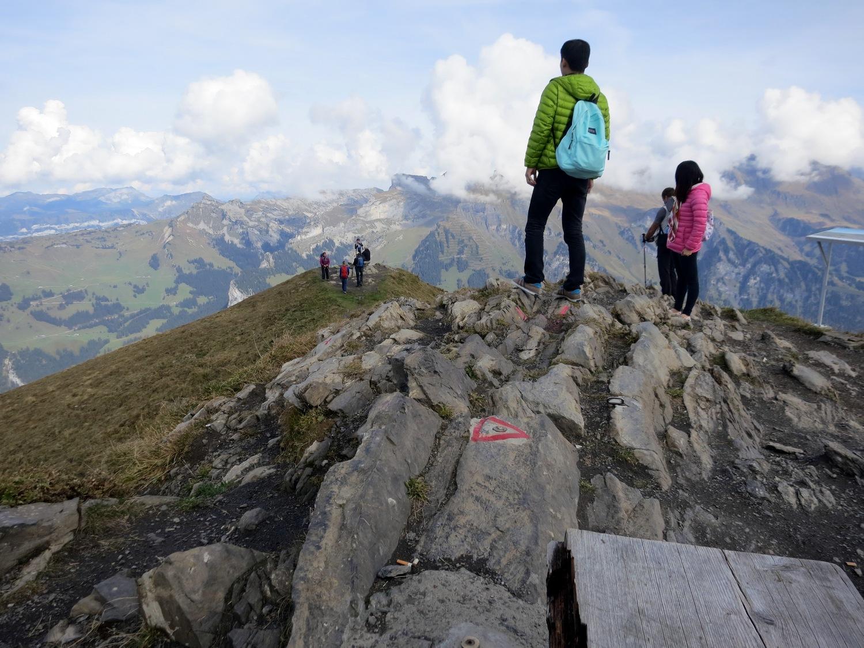 Männlichen – вершина (2345 м) в северной части гребня, (Швейцария)