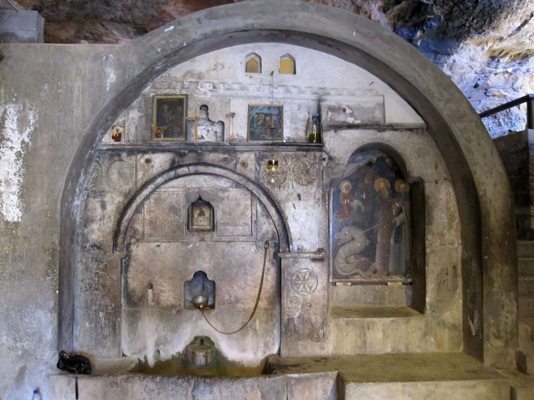 Монастырь Мега Спилеон - Греция - пещера Св Луки