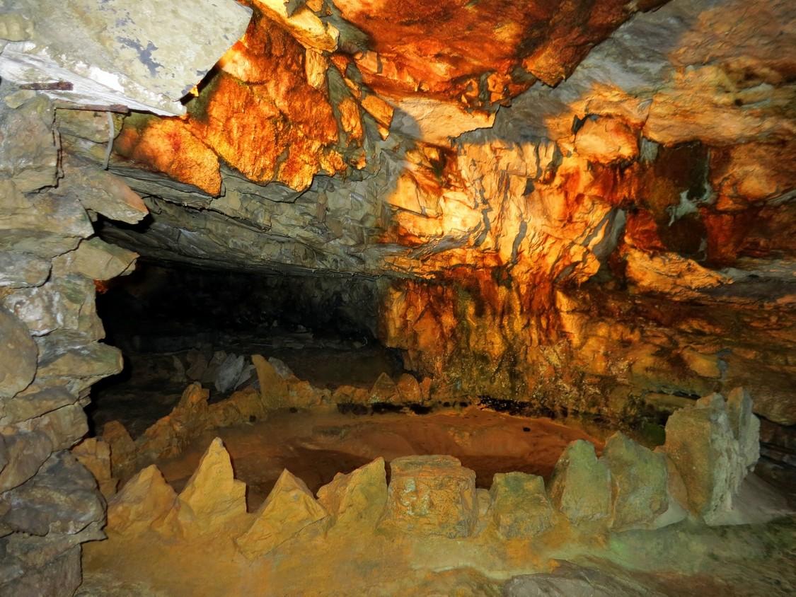 Пещера св. Беатуса, Швейцария