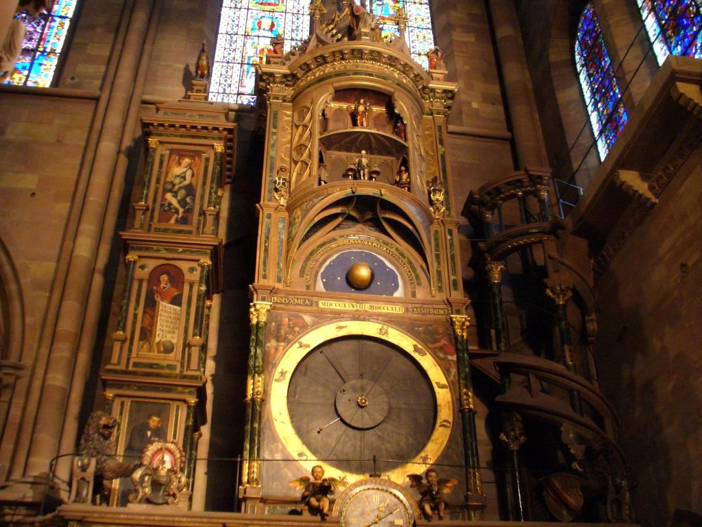 Страсбургский собор Девы Марии - астрономические часы (Франция)