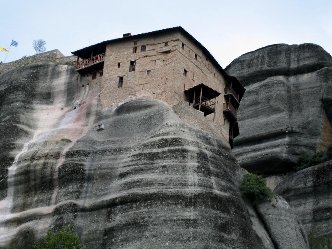 Монастырь на вершине - Греция