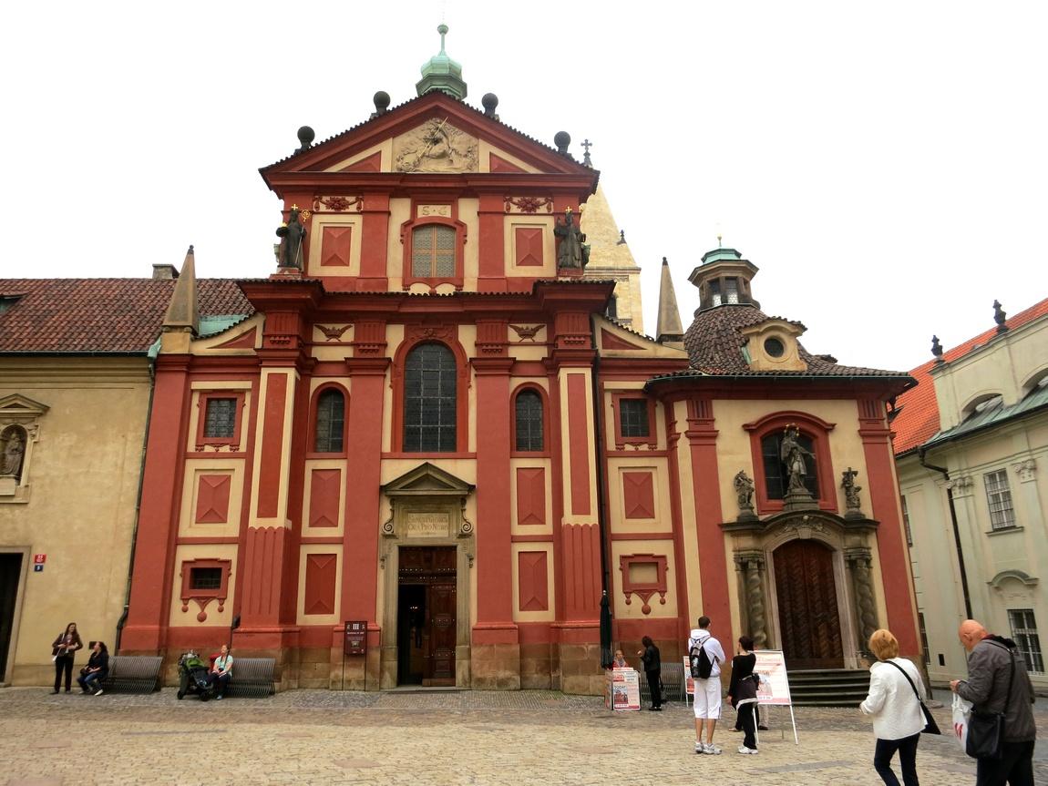 Старый Королевский дворец Пражского града (Чехия)