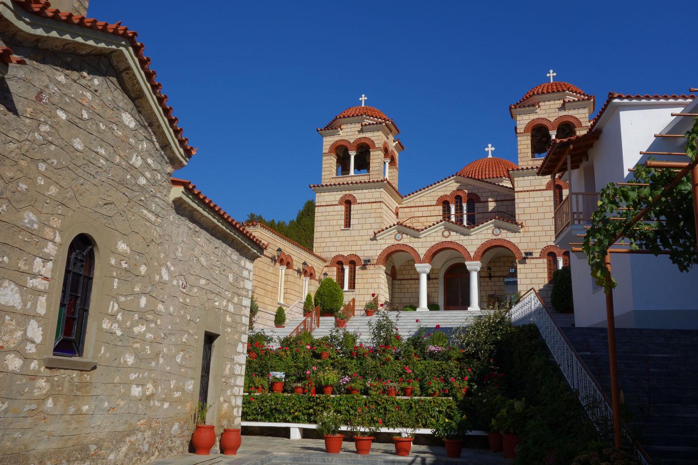 картинки греческий монастырь лисонька кума