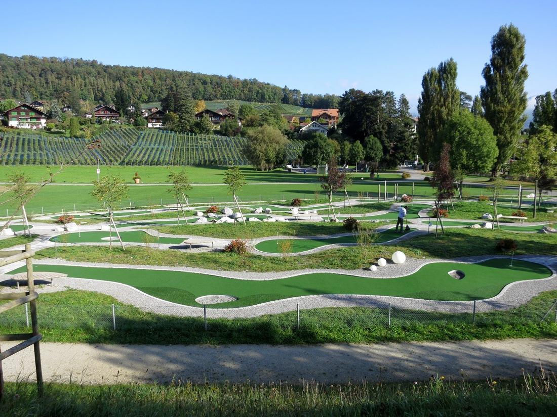 Городок Шпиц в Швейцарии