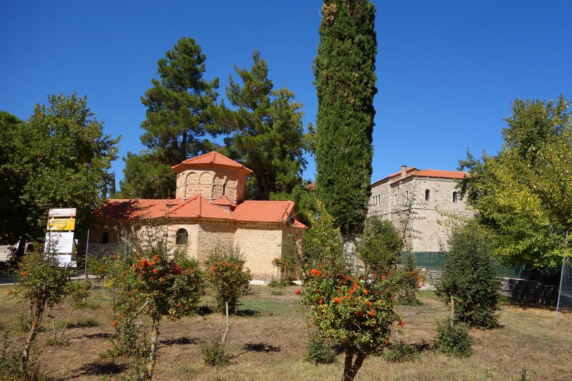 Монастырь Агиа Лавра (Святая Лавра)