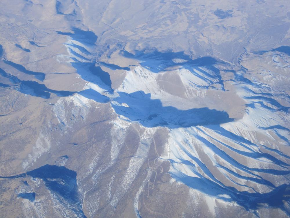 Горы с высоты самолёта над Турцией.