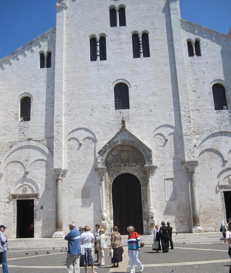 Храм Николая Чудотворца -Бари