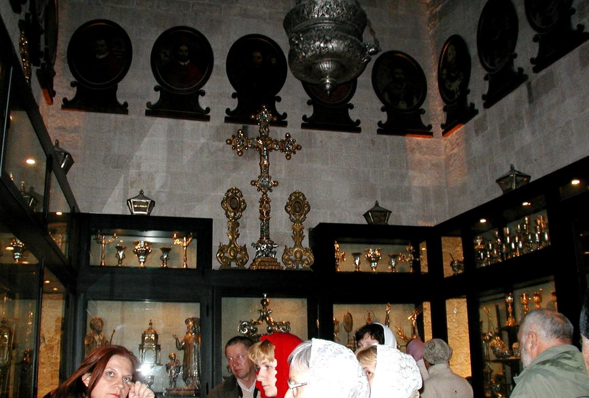 Музей при храме Николая Чудотворца в Бари (Италия)