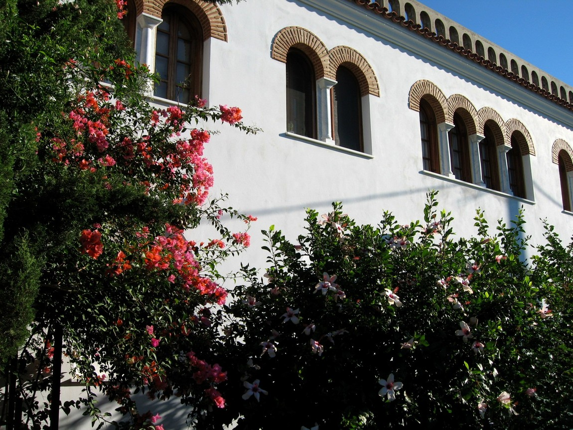 Стены монастыря - Греция