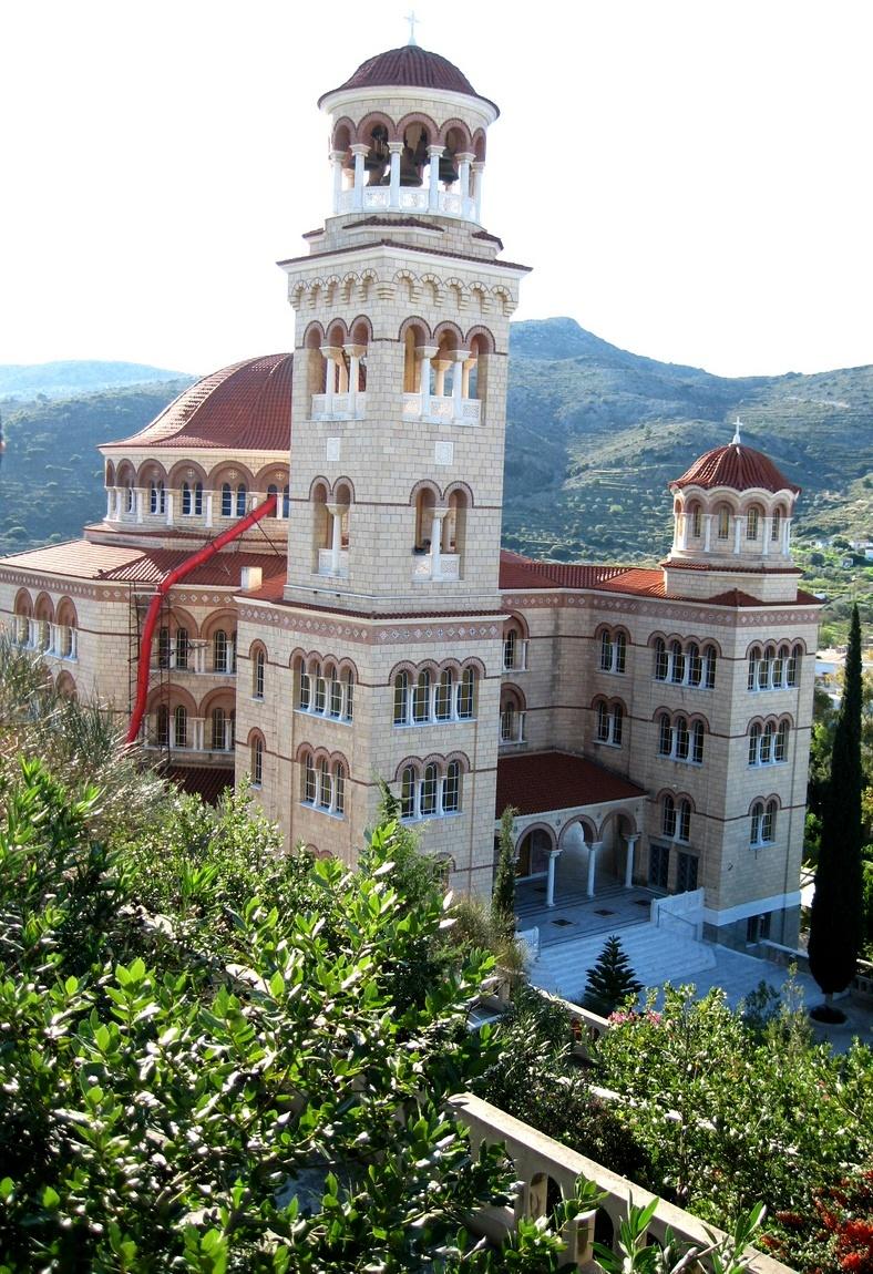 Вид сверху на монастыри - Греция