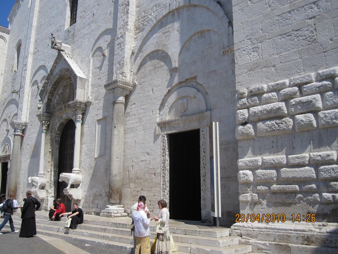 Храм Николая Чудотворца, Бари