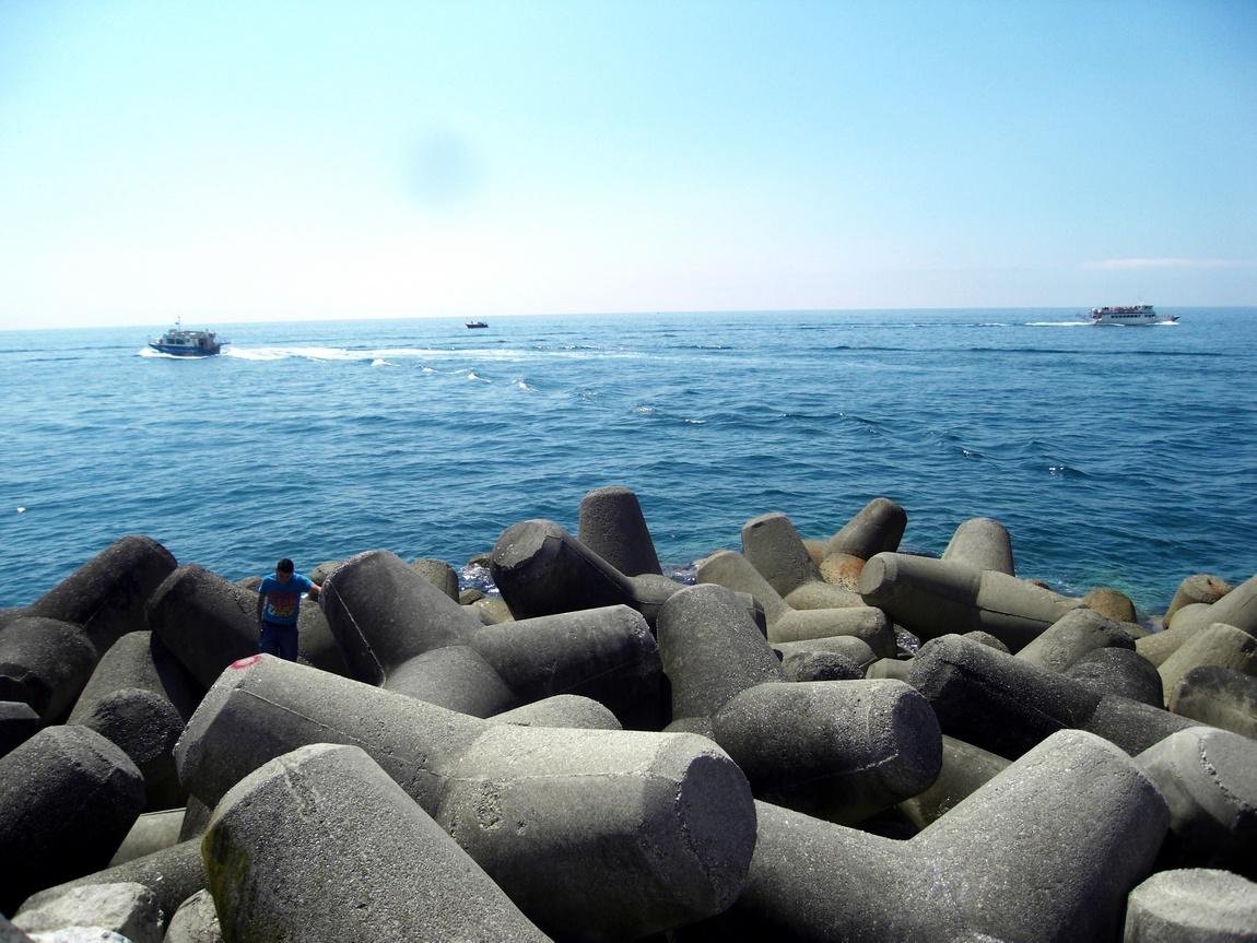 Тирренское море у берегов Амальфи (Италия)