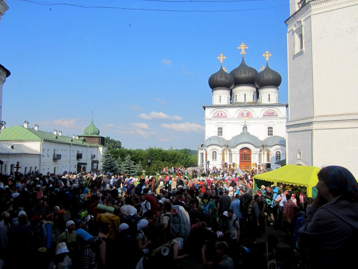 Крестный ход - Свято-Успенский Трифонов монастырь