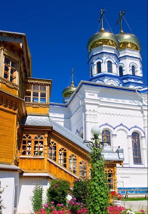 Тихвинский Богородицкий монастырь