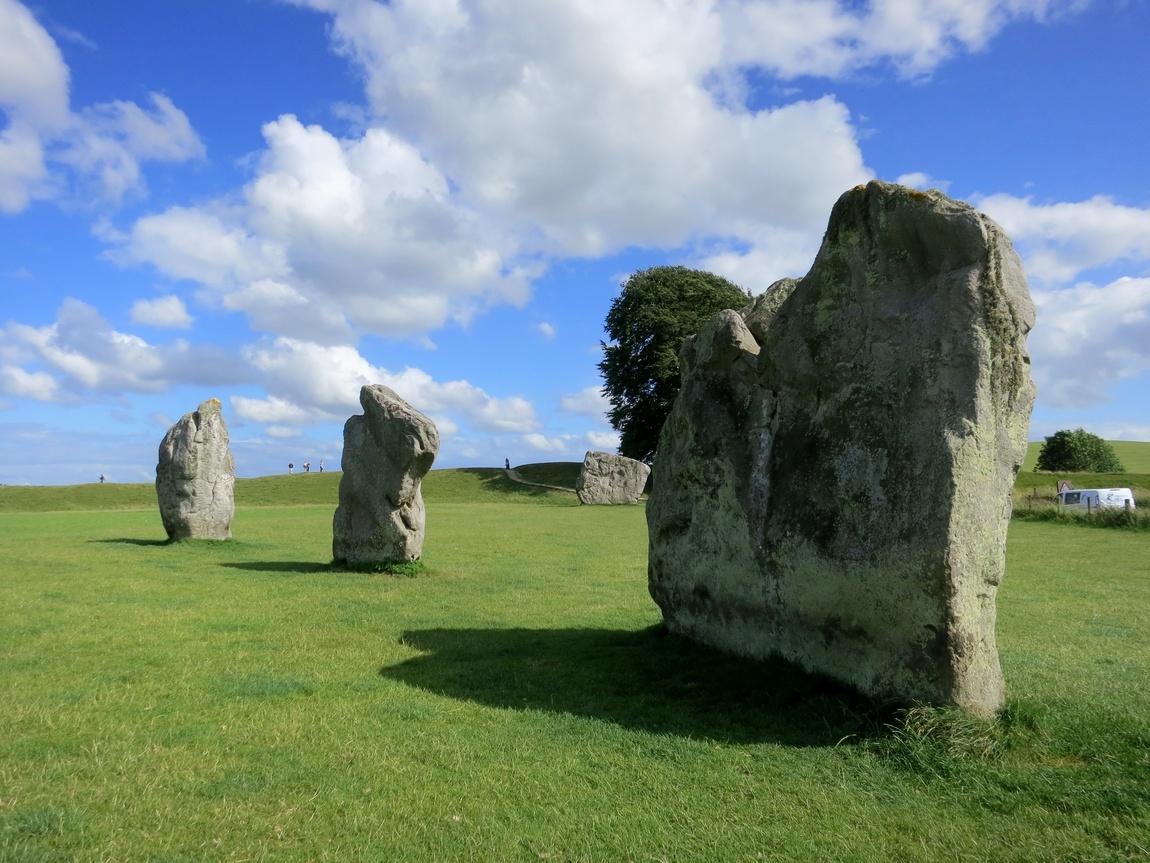 Красивые камни в Эйвбери