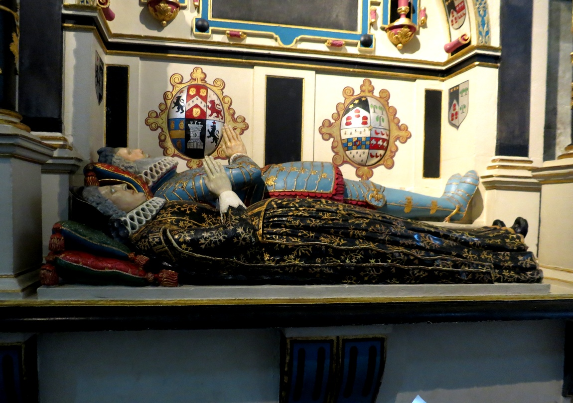 Солсберийский Собор - гробницу сэра Ричарда Mompesson (1627) и его третьей жены Кэтрин.