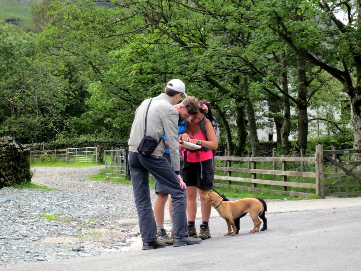 Помощь других туристов. Озёрный край в Англии