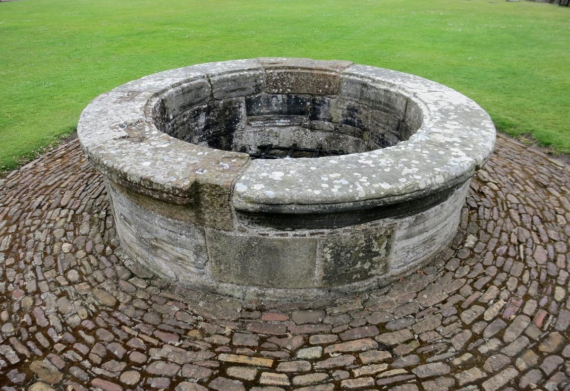 Замок Святого Андрея - Шотландия. Колодец