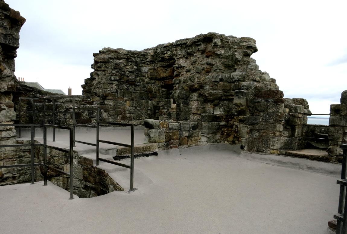 Замок Святого Андрея (Сент-Эндрюс)