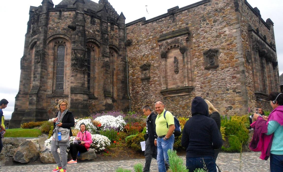 Эдинбургский замок -национальный военный мемориал