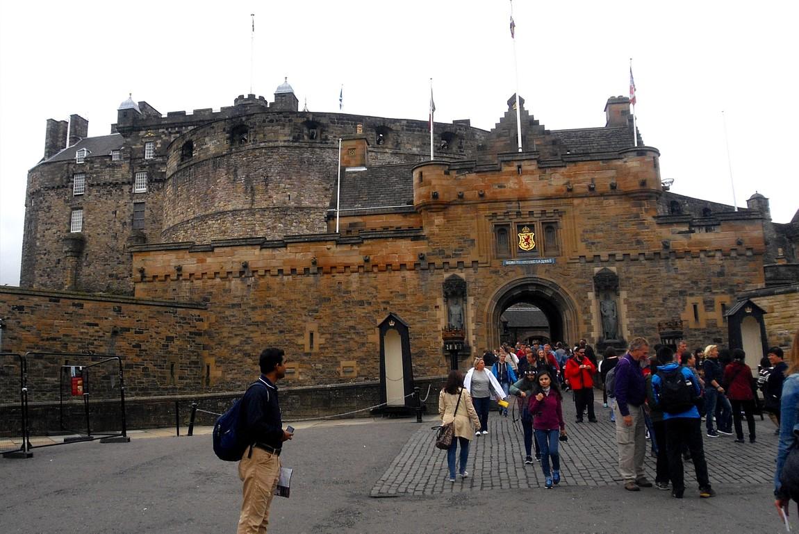 Эдинбургский замок