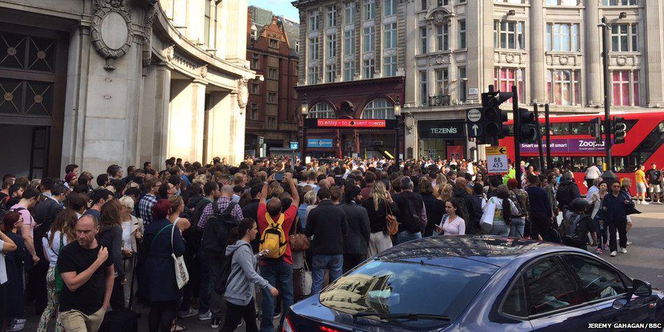 Лондон забастовка