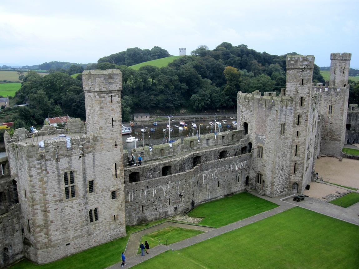 Замок Карнарвон (Caernarfon Castle) (Уэльс)