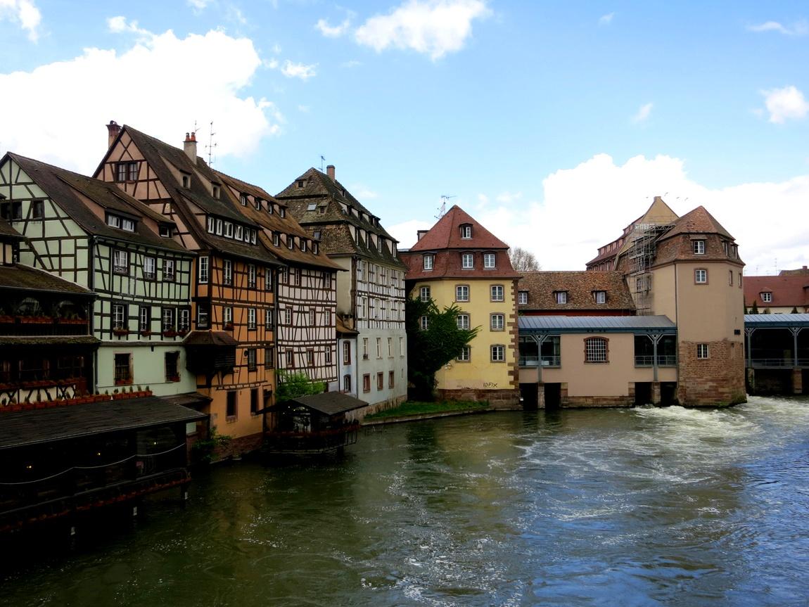 В городе Страсбург так называемый квартал «Маленькая Франция».