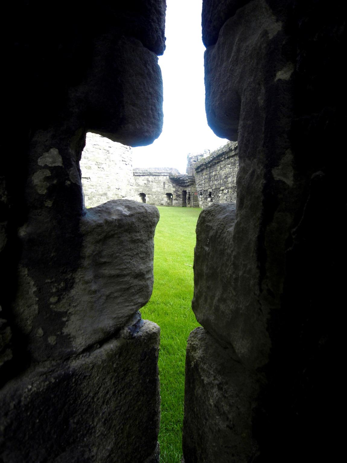 Убийственные щели - Замок Бомарис (Beaumaris Castle). Уэльс